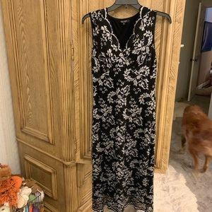 Karen Kane Sexy Black/White lace midi length dress